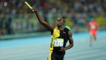 El atleta jamaiquino UsainBoltcruzó la meta de primero en la prueba final de relevos 4x100 metros de los Juegos Olímpicos Río 2016
