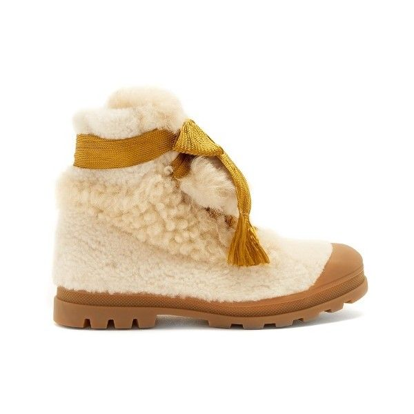 Chloé Parker lace-up shearling ankle boots (3,640 MYR) ❤ liked on Polyvore featuring shoes, boots, ankle booties, cream multi, shearling boots, lace up ankle bootie, laced up ankle boots, ankle boots and round toe booties