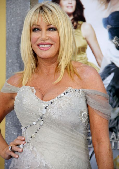 Suzanne Somers Plastic Surgery - http://www.celeb-surgery.com/suzanne-somers-plastic-surgery/?Pinterest