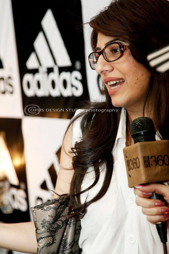 43 mejor Adidas Store Launch imágenes en Pinterest Adidas tiendas y centro comercial