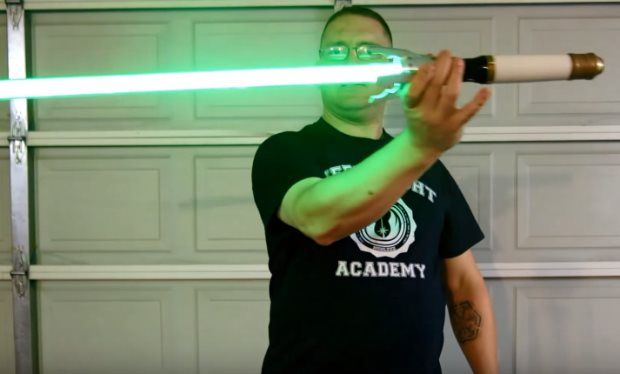 Man makes Doctor Who sonic screwdriver lightsaber that's cooler than any Star Wars weapon