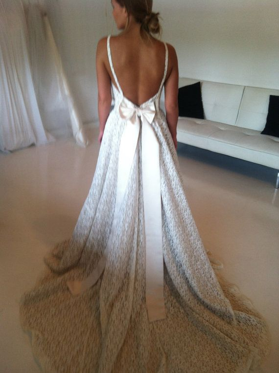 1950/60's Vintage Cotton Lace Wedding Dress. this is the one. absolutely. no doubt. someday....soon.....hopefully haha