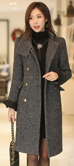 StyleOnme_Gold Button Double Breasted Long Wool Coat #classy #longcoat #wool #koreanfashion #elegant #wintertrend #kstyle #seoul #dailylook