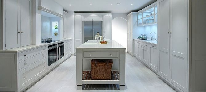Light grey bespoke kitchen in a timeless shaker style.