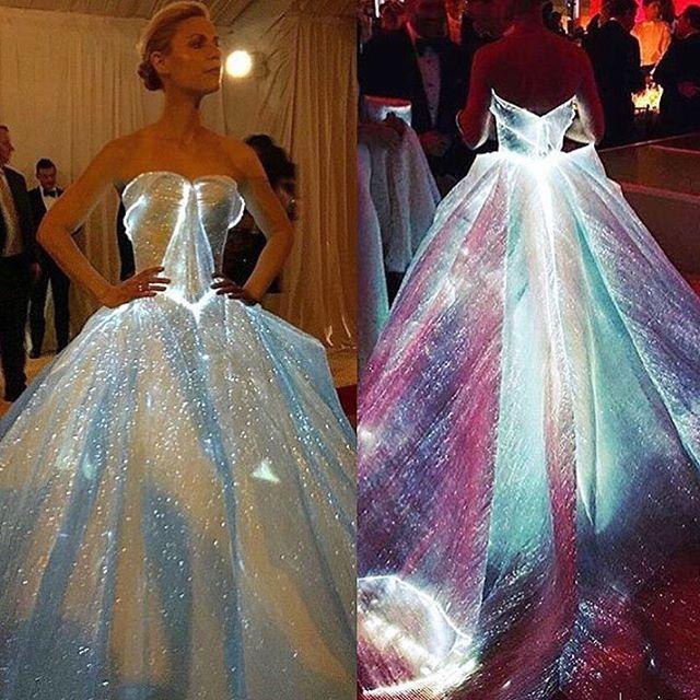 #dressmybf Claire Danes zac Posen dress
