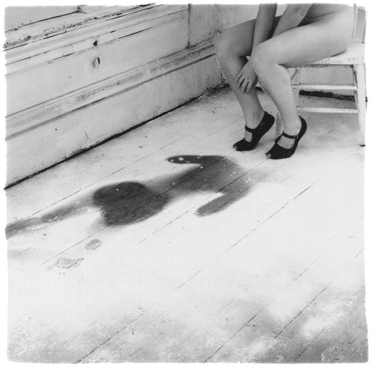 Francesca Woodman 1976. Без названия. Провиденс, Род-Айленд