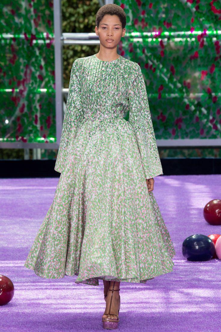 Dior rounway look 06