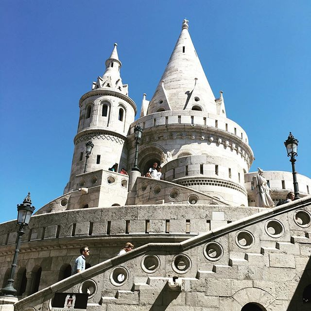 Fisherman's Bastion @ Castle Hill #fishermansbastion #castlehillbudapest #travelbudapest #traveltheworld