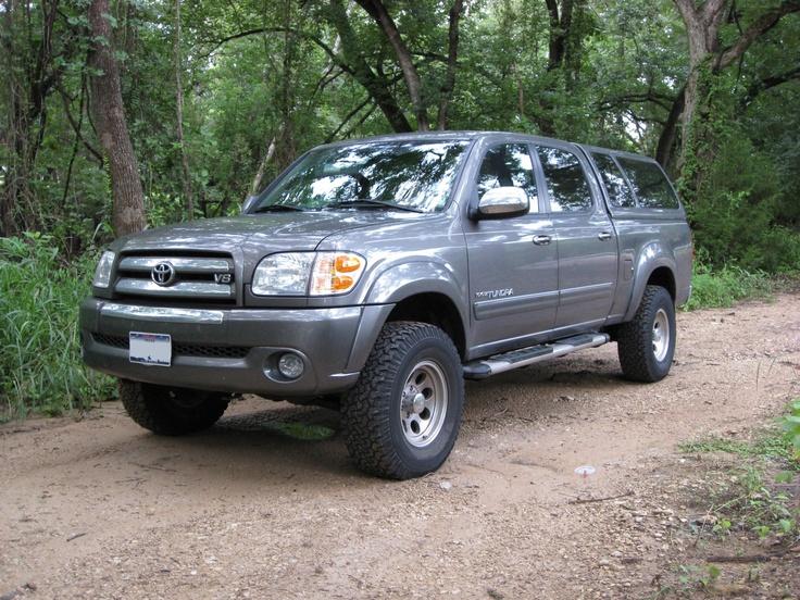 2004 Toyota Tundra 4 Dr SR5 V8 4WD Crew Cab SB