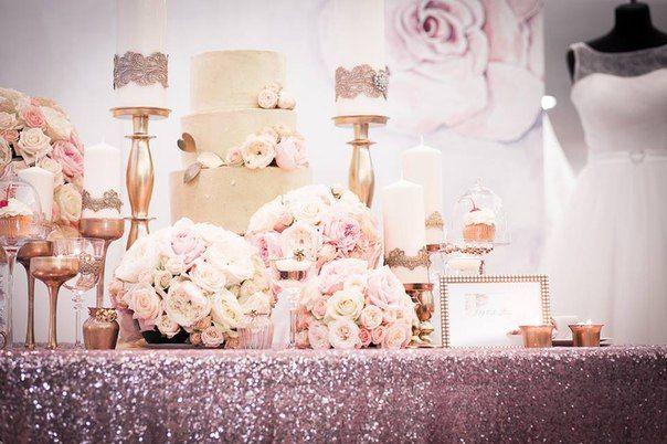 Wedding decorations  #wedding #beautifuldecor #whiteflowers #happyday #coolflowers_cz #pragueflowersdelivery #kvetiny #kvetinypraha #dovozkvetin #vazanikytic