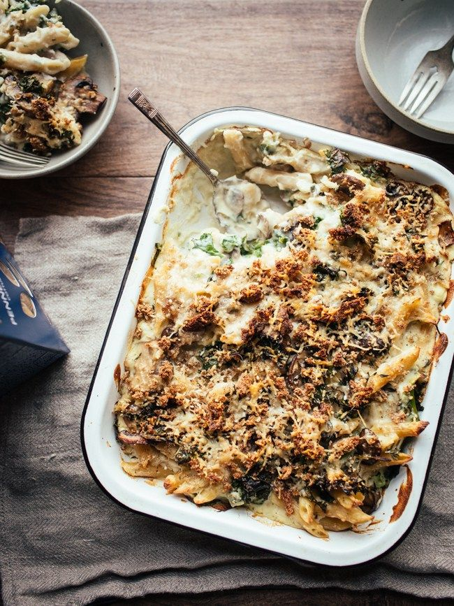 Creamy Cauli Mushroom and Kale Pasta Bake