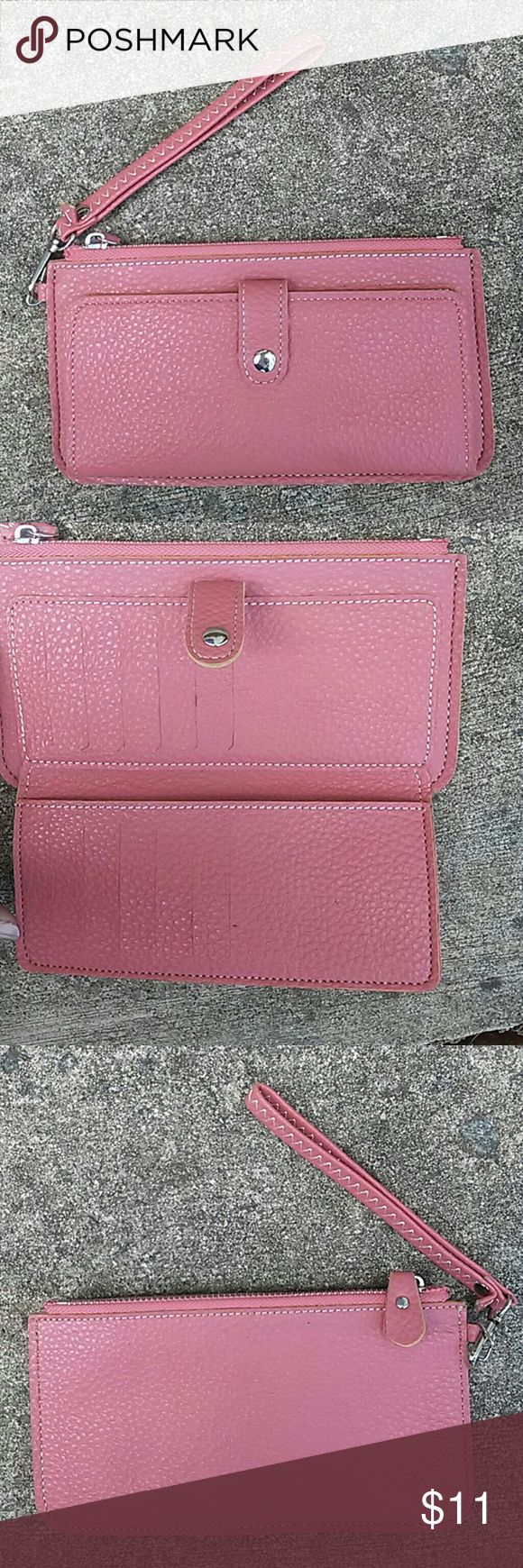 Pink Mauve Womens Wristlet Faux Leather Purse EUC Very nice faux leather mauve pink wristlet. Zip top closure with snap closure area with 12 credit card slots. See photos. none Bags Clutches & Wristlets