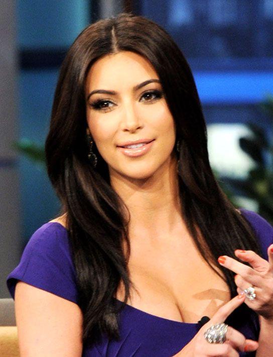 une couleur riche comme kim kardashian inscrivez vous sur mycouleurcom afin de recevoir - Dcoloration Cheveux Colors