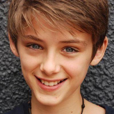 Aden Connor little :3