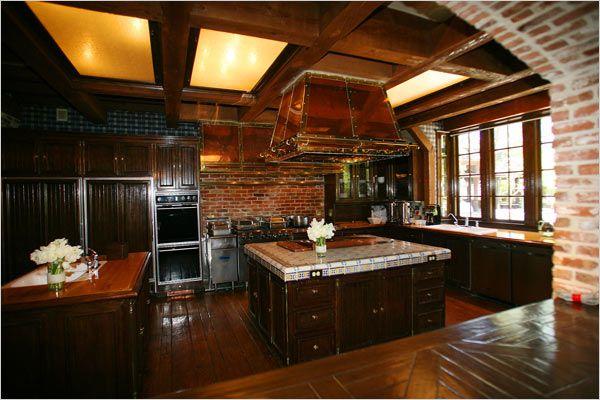 Nela S Kitchen