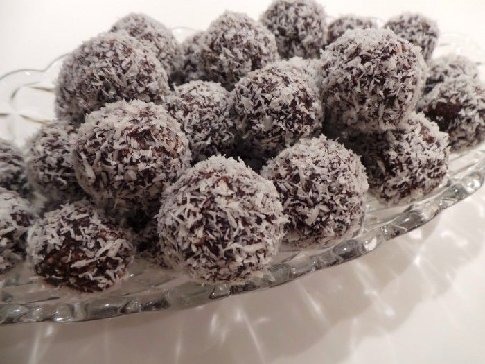 raw kokosbollar