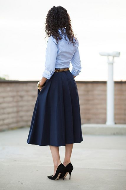 Skirts with pockets are my absolute FAV! love this look!