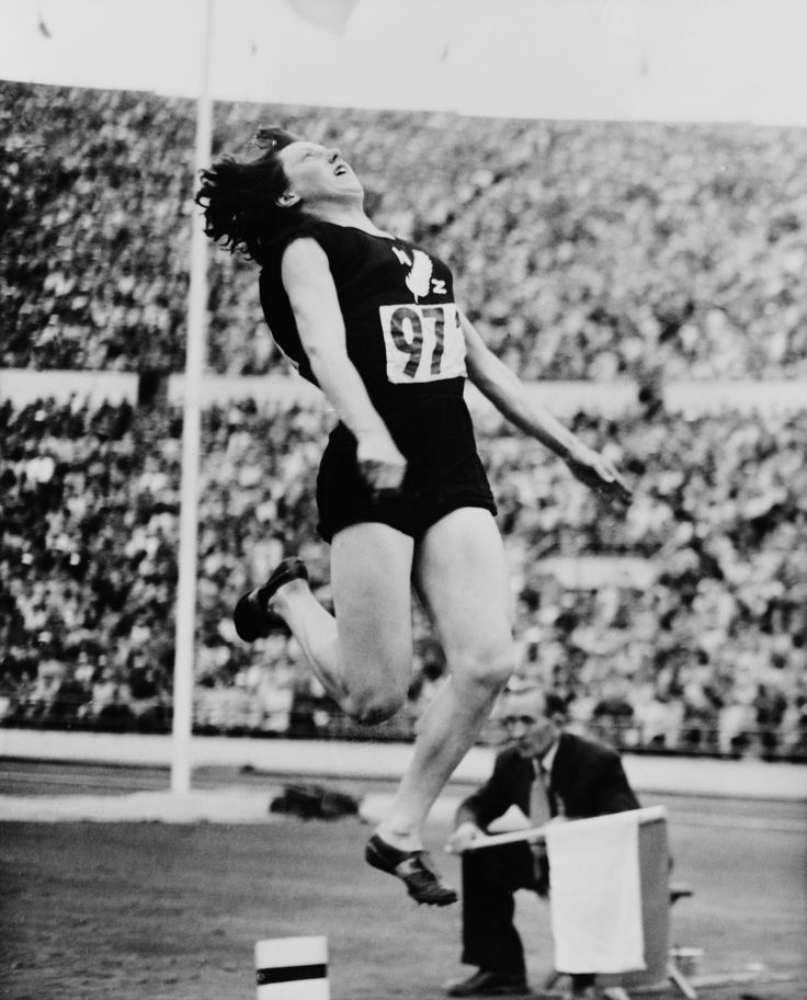 Yvette Williams (1952) was the first New Zealand woman to win an Olympic gold medal. Yvette is one of New Zealand's greatest athletes. She also won four Empire Games golds, a silver medal in the javelin, was a New Zealand basketball rep and is a member of the New Zealand Sports Hall of Fame. #BetheInspiration #RoadtoRio