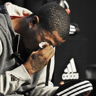 Chicago Bulls' Derrick Rose breaks down and cries during a news conference unveiling his new shoe the Adidas D Rose 3 in Chicago, Thursday, Sept. 13, 2012. (AP Photo/Paul Beaty)    2 days ago | Chicago Bulls' Derrick Rose breaks down and cries during a news conference unveiling his new shoe the Adidas D Rose 3 in Chicago, Thursday, Sept. 13, 2012. (AP Photo/Paul Beaty)