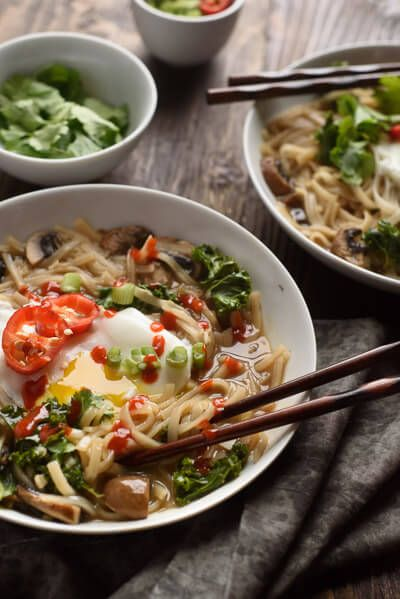 Easy asian soup recipe.   This easy spicy noodle recipe is my quick and easy real food alternative to those instant spicy noodle packages. Delicious. Addictive.