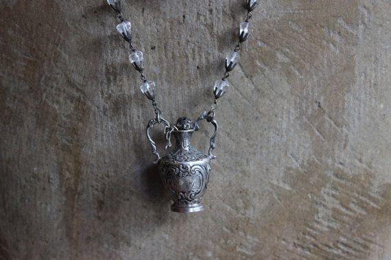 Collier chapelet Français antique d'Antique 800 par ALTaeR sur Etsy, $155.00