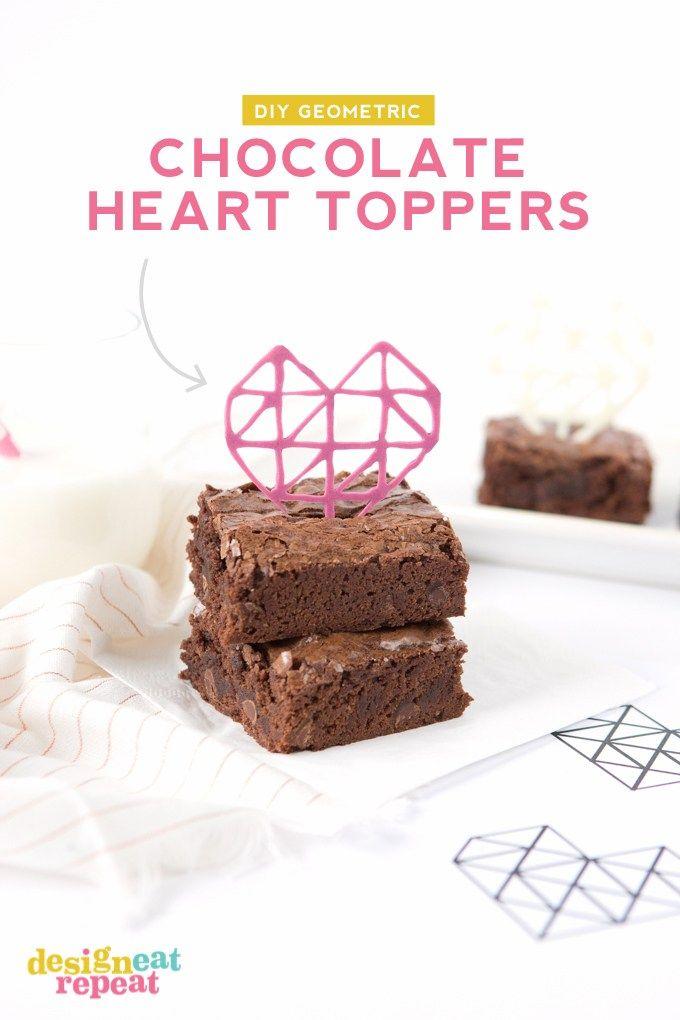あなたのバレンタインデーは、これらのDIY幾何学的なチョコレートのハートのトパーズでお仕立てをドレスアップ! 簡単にトレースできるようにテンプレートのダウンロードが含まれています!
