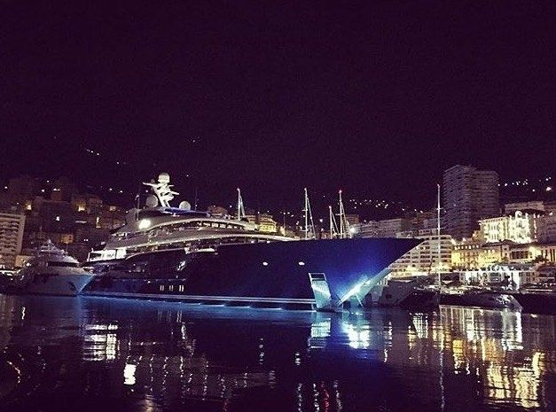 Exploring the Monaco Yacht Show by night  @fperus   @monacoyachtshow_official - Are you ready to go? - Tag #redvelvetrope to be featured -  #destinationhotels  #bestintravel