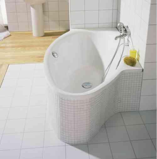 Les 25 meilleures id es concernant baignoire asym trique for Petite baignoire carree