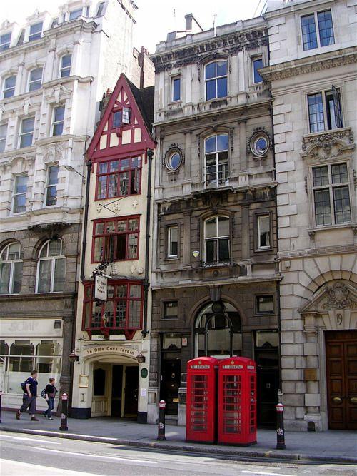 Ye Olde Cock Tavern, Fleet Street, London, first opened it's doors in 1547