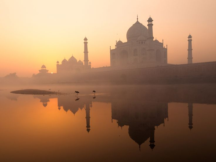 Air Pollution in India Is So Bad, You Can't See the Taj Mahal