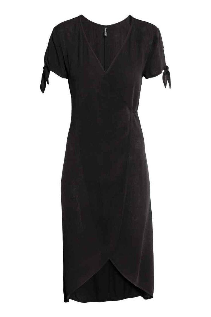 Crepet slå om-kjole - Sort - Ladies | H&M DK