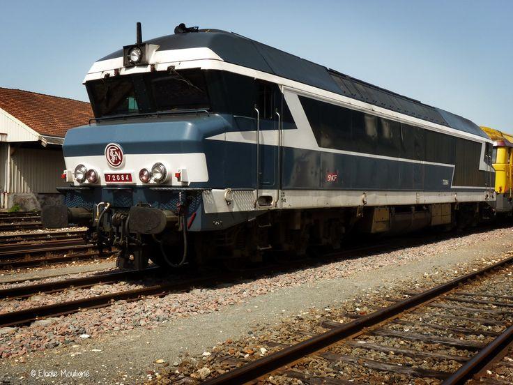 Locomotive diesel CC 72084, une des 92 locomotives diesel-electrique polyvalentes les plus puissantes de la SNCF (élue la plus belle locomotives diesel de la SNCF).