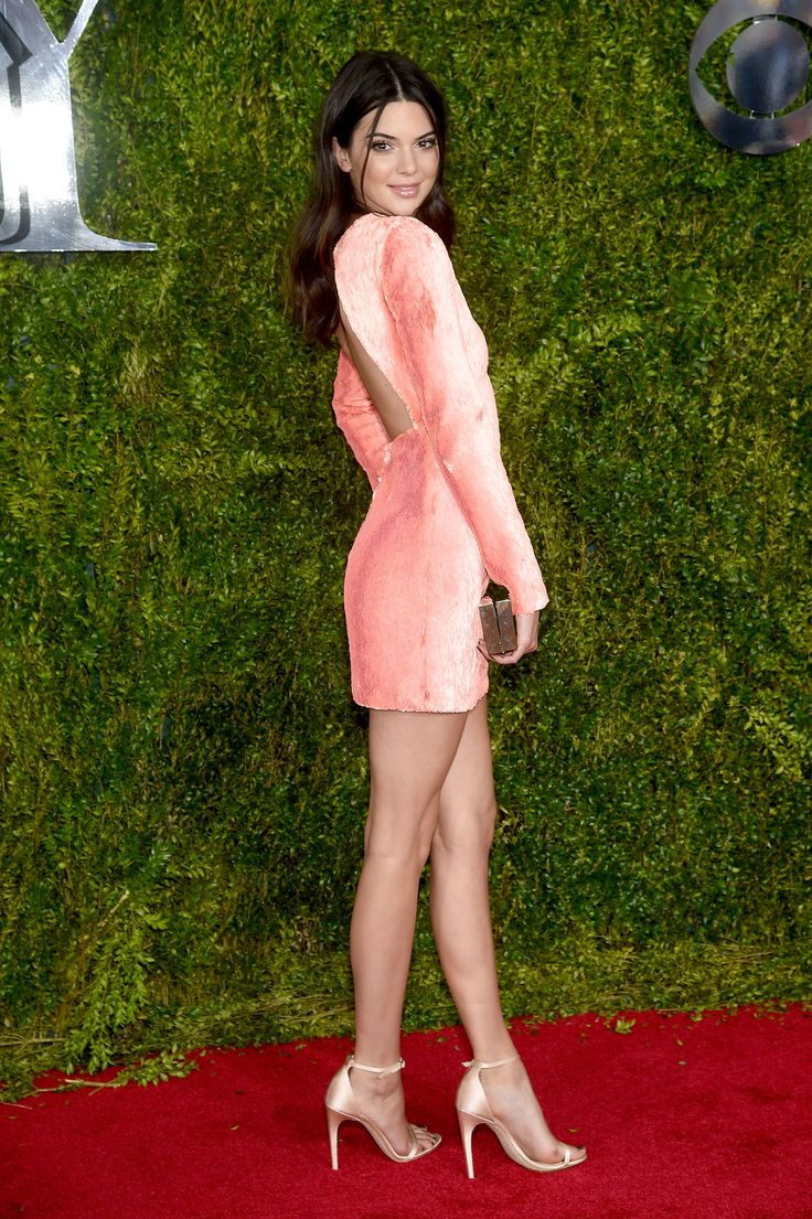 Kendall Jenner - See the Best Dressed at the 2015 Tony Awards - ELLE.com