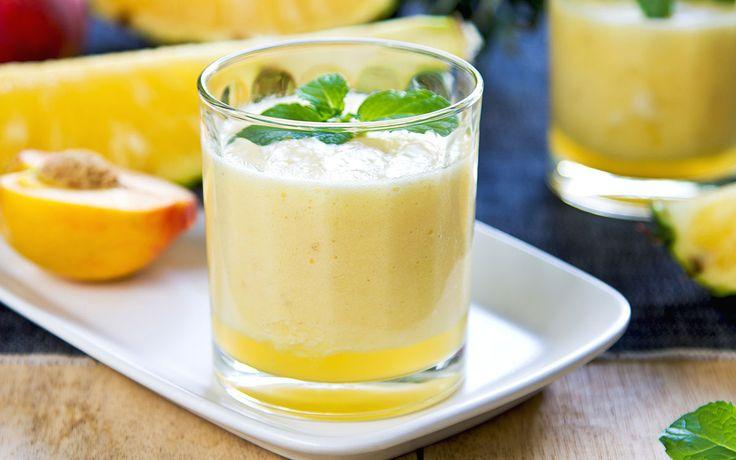 Perzik Gember Smoothie is een frisse smoothie die je snel hebt gemaakt om vervolgens de dag goed te beginnen! De combinatie perzik gember! Lekker!!