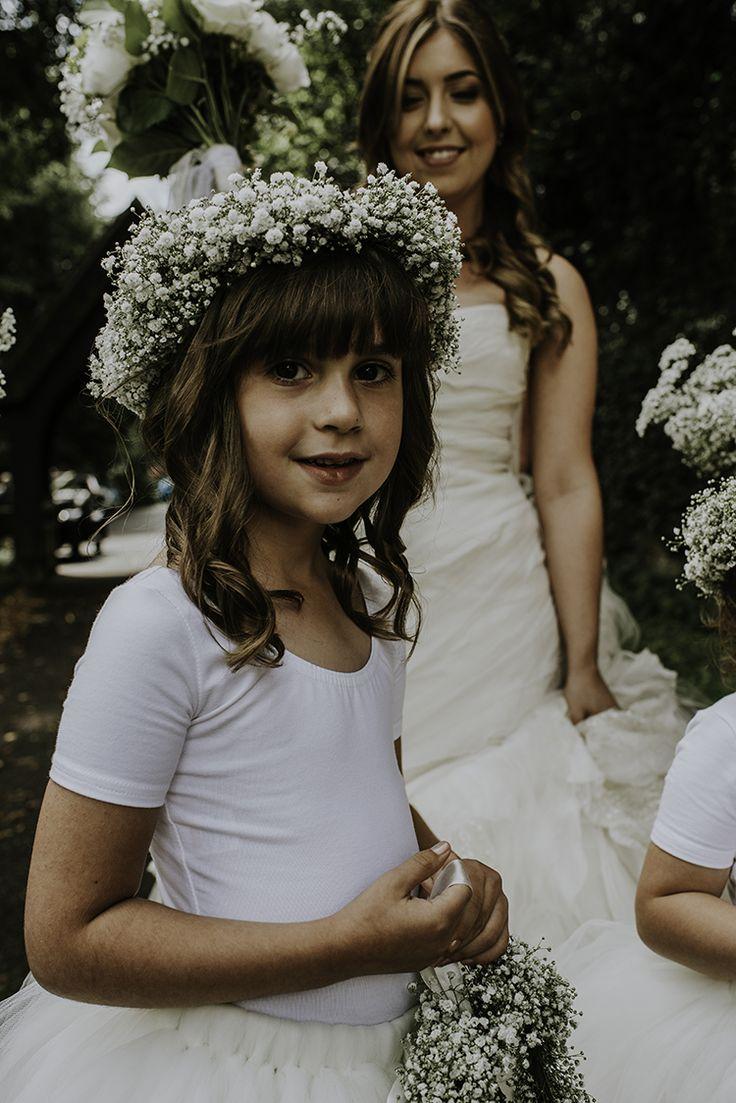 Flower girl - baby's breath crown - flower crown - country barn wedding #rusticweddinginspiration