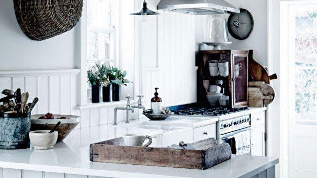 Super white kitchen