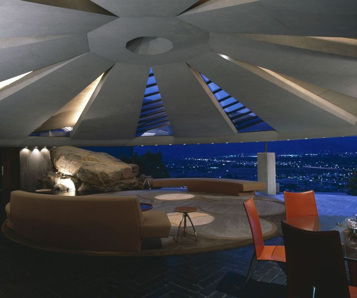 Iconic film homes we'd like to live in-From the movie Diamonds are Forever.