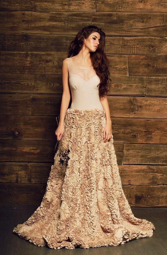 Best 25+ Beige wedding dress ideas on Pinterest | Amazing ...