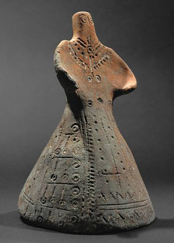 terracotta female figurine with jewelry and costume, Ludus, Serbia, Dubovac culture, 15th c. BCE