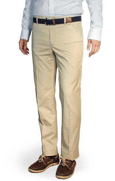 Bian    Beige normal fit chinos, 100% cotton.    Custom chinos with a classic style, dispaced fastening and light buttons. They have rounded side pockets and piped back pockets with buttons. The style is very elegant and they can be worn for a formal event, as well as for an informal.