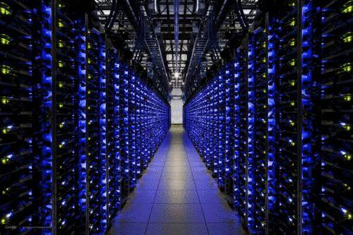 Sabias que el hosting puede influir en el rendimiento de tu sitio web #alojamientoweb #hosting #servidores #marketing #ecommerce