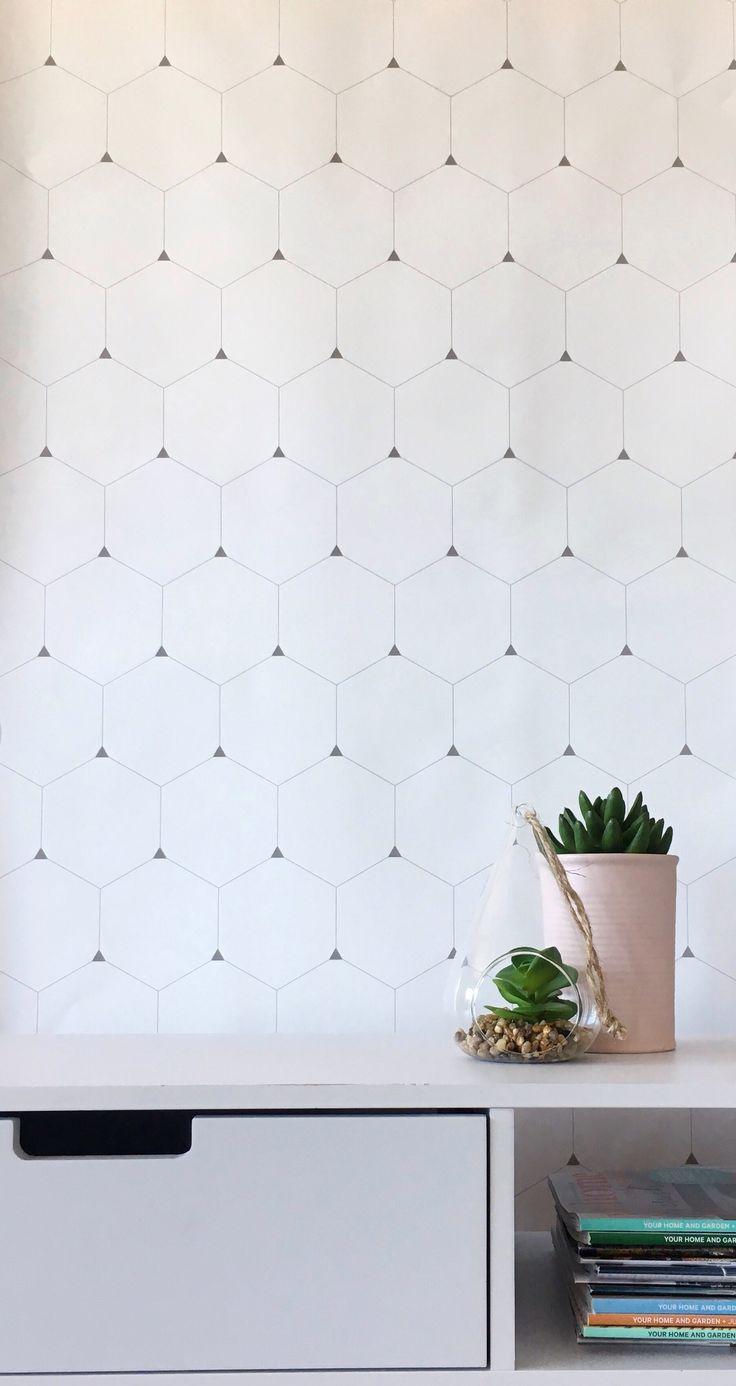 Honeycomb wallpaper  #wallpaper #bcmagicwallpaper #removablewallpaper #selfadhesivewallpaper #walldecor #geometricwallpaper #tilewallpaper #hexagonwallpaper