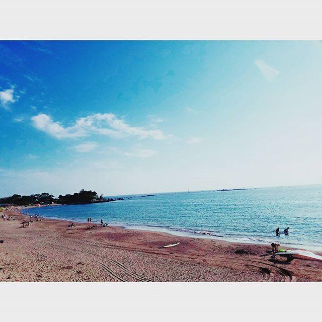 【kumi_ikeya】さんのInstagramをピンしています。 《東海地方梅雨明けー☀ * 夏がきたー * 今年の夏にやりたいことリスト。 * ①海に行く(お砂遊びしたい) * ②フェスに行く * ③デイキャンプ * ④ビアガーデンに行く * ⑤花火やる * ⑥花火見に行く * ⑦バーベキューする * ⑧夏祭りに行く * ⑨たこあげする(壊れちゃったから買うとこから…) * ⑩ワカサギ釣り * ⑪湘南お洒落飲み会 * ⑫BIGBANGカフェに行く * ⑬長野お泊まり計画ー! * ⑭Hawaii…?? * * 去年は目標2つ未達成。。今年はいくつ達成できるかなー * 夏はあっとゆうまー!! * #instaphoto #photo #photostagram #photografy #sea #seastagram #sky #summer #holiday #happy #海 #海の日 #梅雨明け #夏 #夏計画 #ワクワク》
