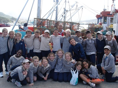 Grade 4 classes recently paid a visit to Snoekies at Houtbay harbour to learn a bit about their history and to experience a bit of a day in the life of a fisherman.
