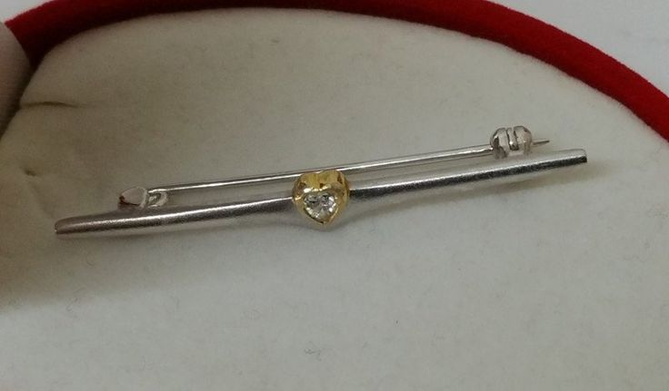 Vintage Broschen - Silberbrosche Herz Kristall teilvergoldet SB249 - ein…
