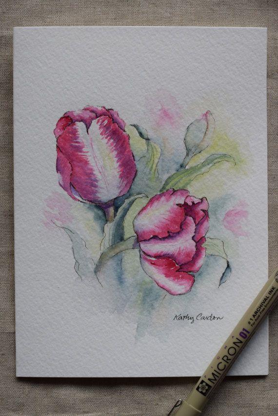 Mooie tulpen in roze en paarse kleur mengen. Zij moeten genieten van het voorjaar.  Oorspronkelijke of Print--Gelieve aan te geven wanneer u koopt als u wilt dat een origineel of afdrukken. U kunt alleen meerdere kaarten voor een afdruk (niet voor een origineel) bestellen. Dit is een handgeschilderde aquarel wenskaart op 140 lbs. zuurvrij, Strathmore aquarel papier. Alle kaarten zijn ontworpen en geschilderd door mij. Dimensie van de kaart is 5 x 6⅞. Bijpassende envelop opgenomen. Origineel…