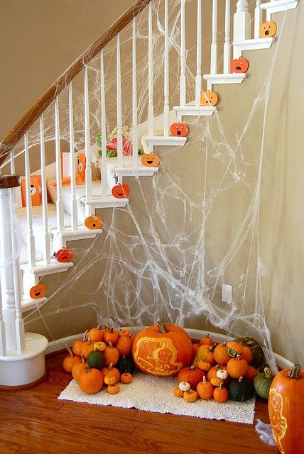 Best 25 Stair Decor Ideas On Pinterest: 17 Best Images About Halloween Staircase / Stairs On