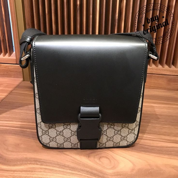 Gucci New 690€-10%=620€  Все мужские #сумки на нашей странице тут ➡️ #МужскиеСумкиBuyOriginal  Вся продукция этой марки на нашей странице тут ➡ #GucciBuyOriginal ••••••••••••••••••••••••••••••••••••••••••• Заказ и консультация по номеру WhatsApp/Viber☎️+393450327567 ••••••••••••••••••••••••••••••••••••••••••• #мужскиесумки #мужскойстиль #сумкибренд #брндовыесумки #стильно #баер #байер #образ #шоппинг #сейл #шопинг #скидки #бренды #сумкиподзаказ #shopper #стиль #мода #втренде #портфель…