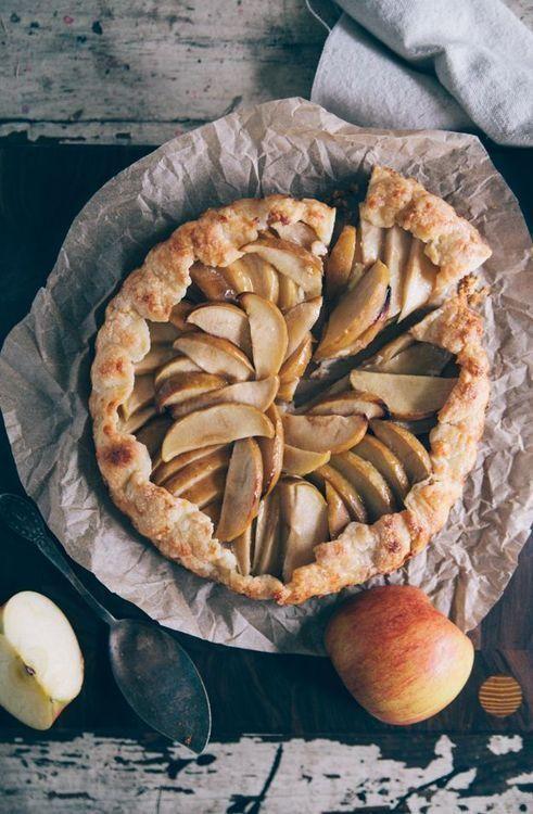 apple galetteApples Pies, Gingers Jam, Jam Glaze, Apples Tarts, Apples ...