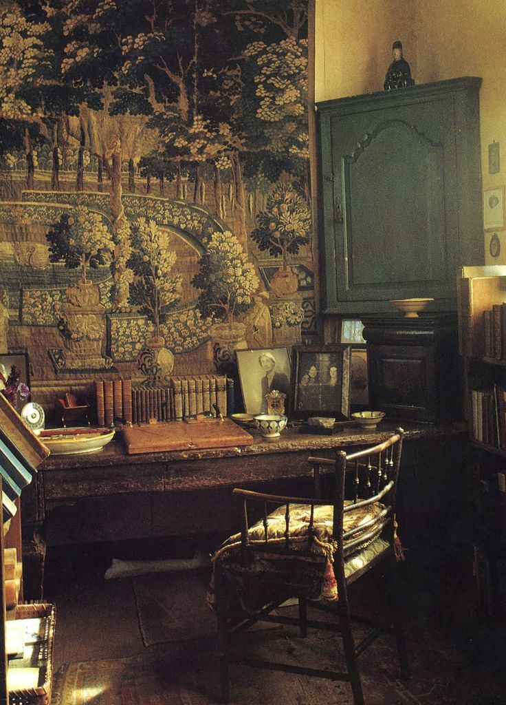 An artist's home: Vita Sackville-West's study at Sissinghurst. LOVE it.